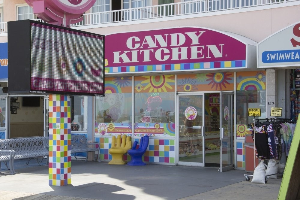 Things To Do | Candy Kitchen on 9th Street | MAYS Sportsplex